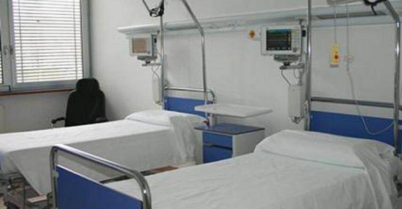 Asipress pescara politica sanita 39 a breve gestione - Letto di emergenza ...